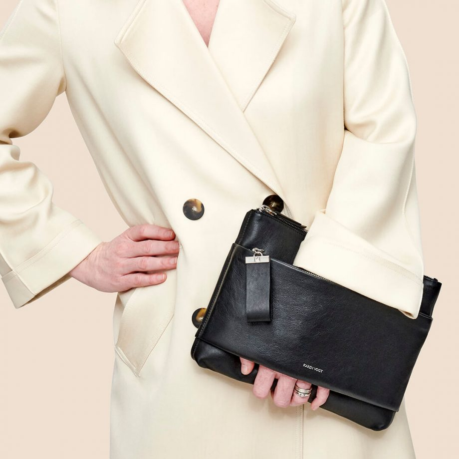 sac-pochette-bandoulière-cuir-suede-noir-espiègle-karenvogt-5
